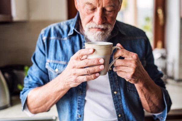 Los 4 beneficios del café para personas mayores - Blog