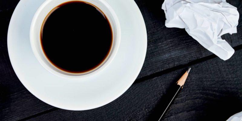 ¿Por qué los estudiantes toman café? - Las propiedades del café